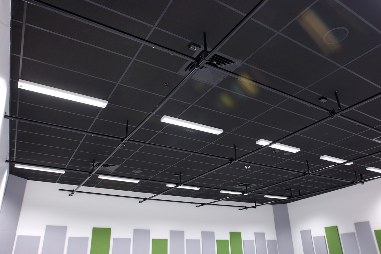 Hobsonville Point Intermediate music room showing Avant 25 theatre Black ceiling installed into a grid & tile system.