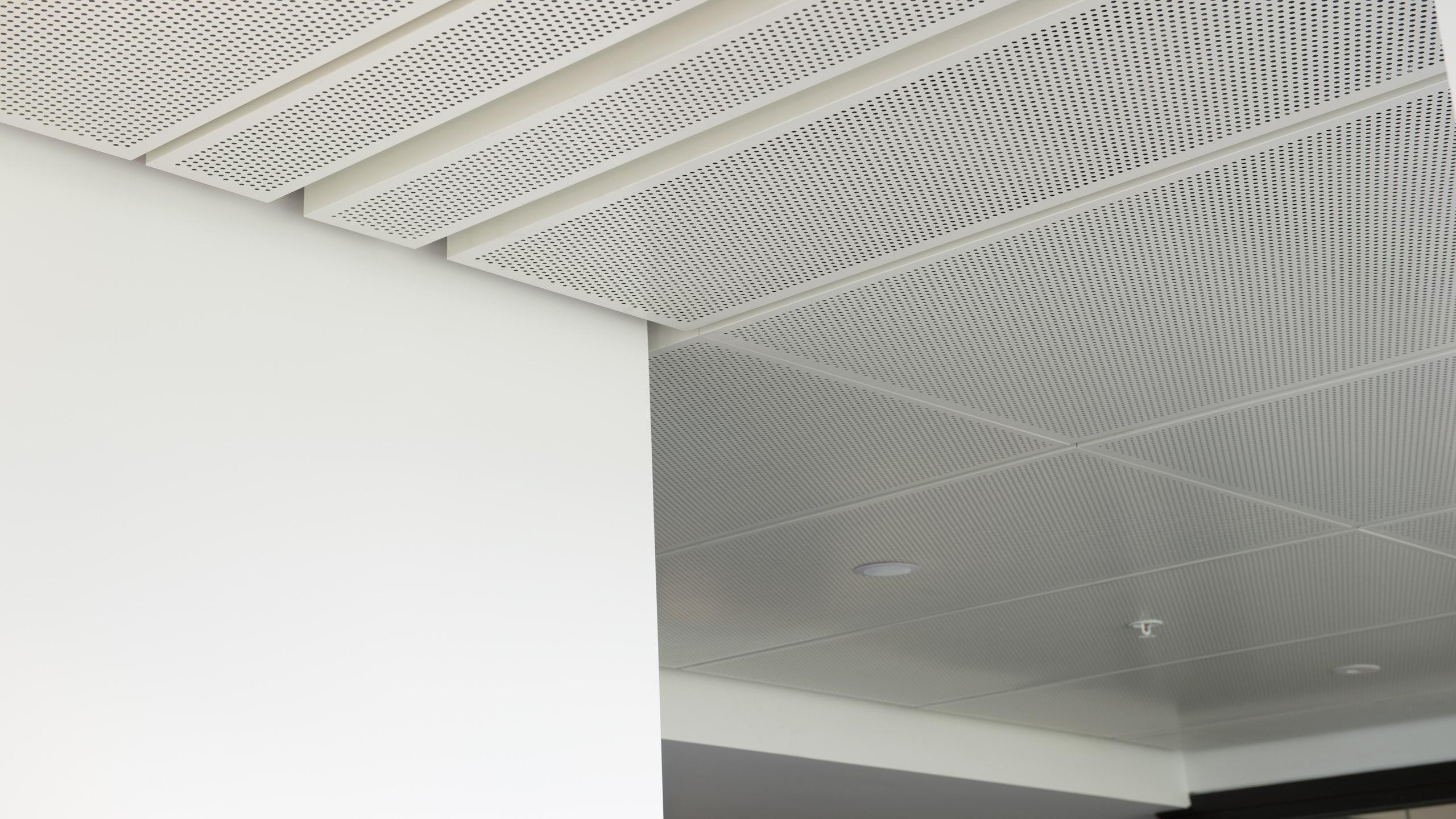 MIT Manukau Kitchen - Metapan with 100mm negative detail