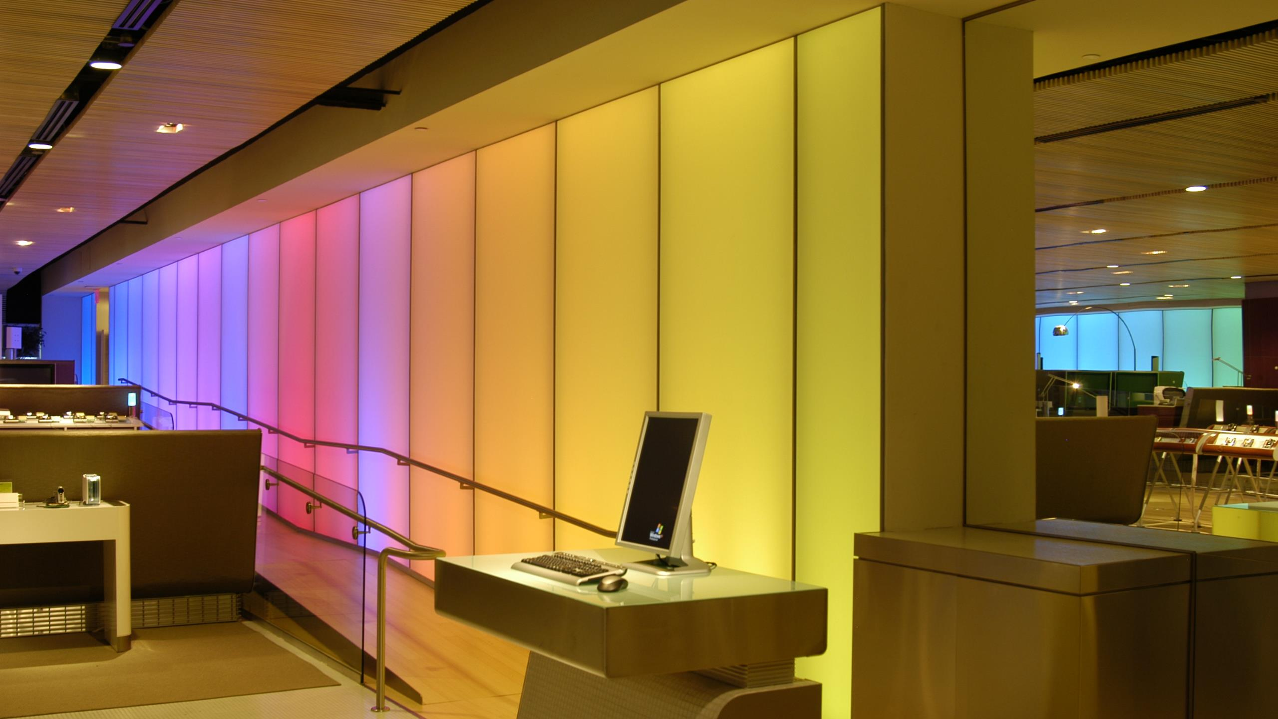 Samsung HQ - Newmat wall with light system